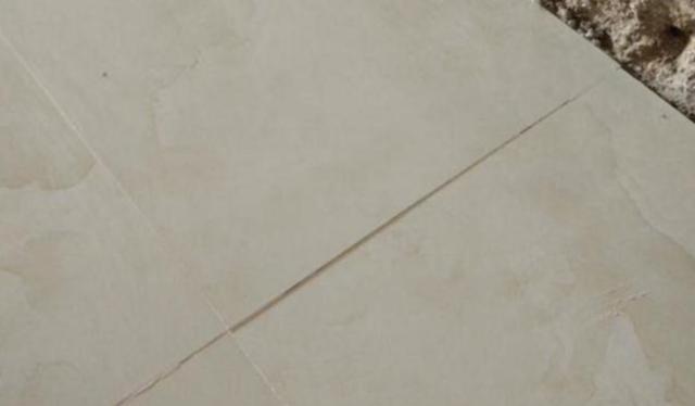 地砖不平后期怎么修及地砖高低不平修复技巧